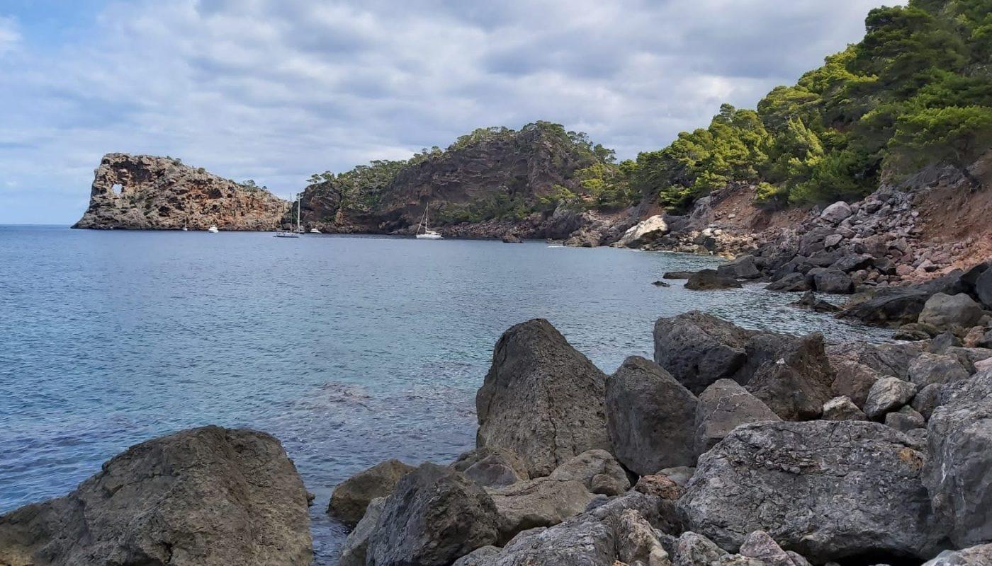Sa Foradada vista desde El Camí de la Mar