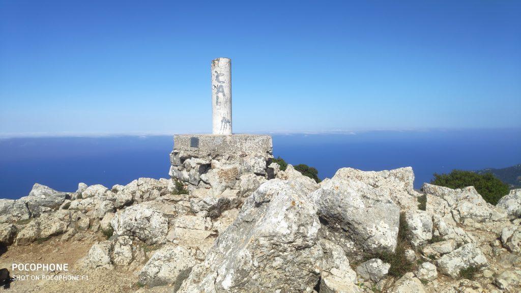 Cima del Puig de Galatzó en la ruta Puig de Galatzó por Ses Planes