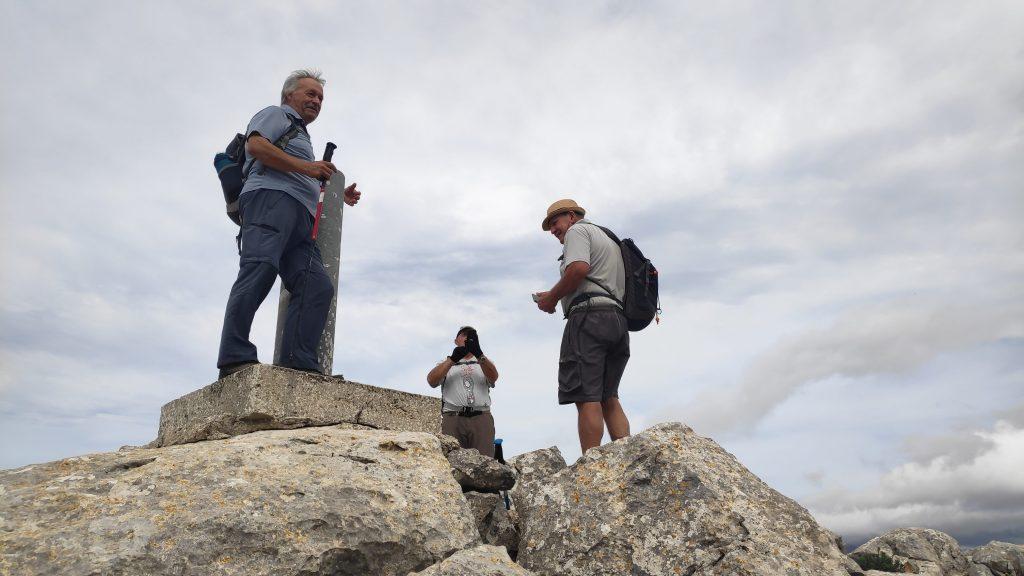 Cima del Puig d'Alfábia en la ruta Puig d' Alfàbia desde Soller