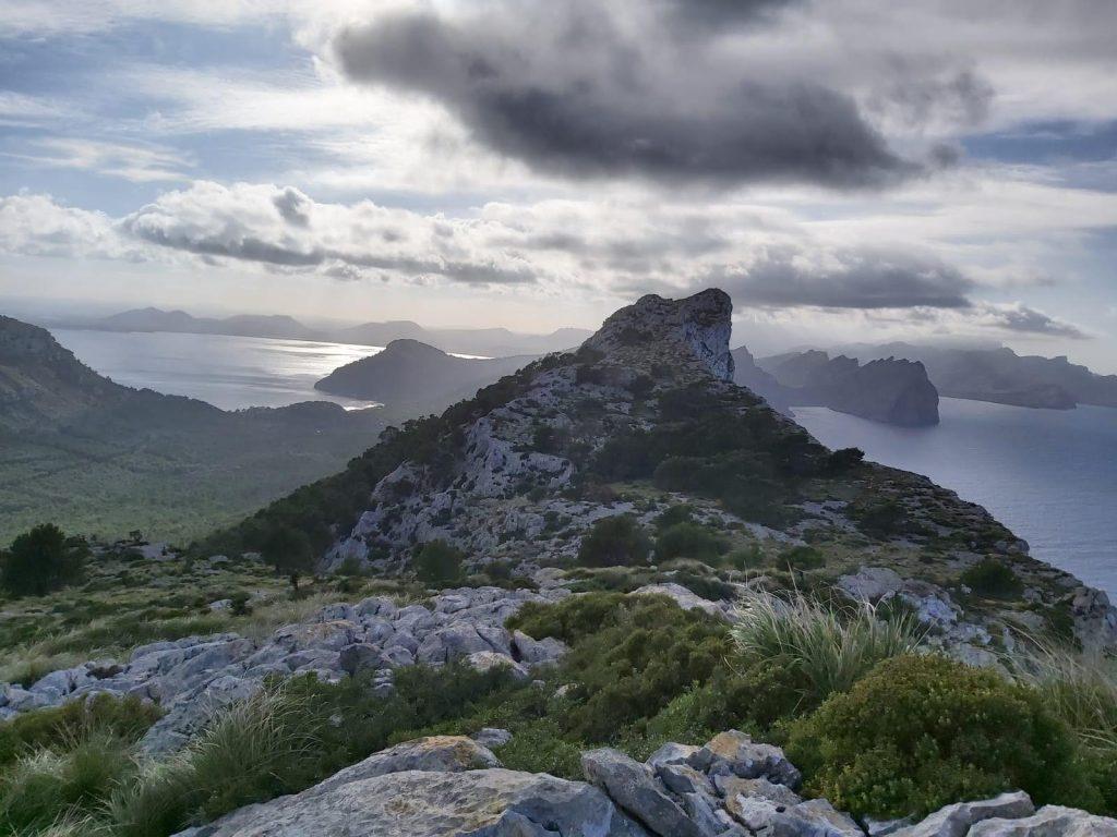 Vista del Pal de Formentor desde la Ruta Cap de Catalunya-Pal de Formentor