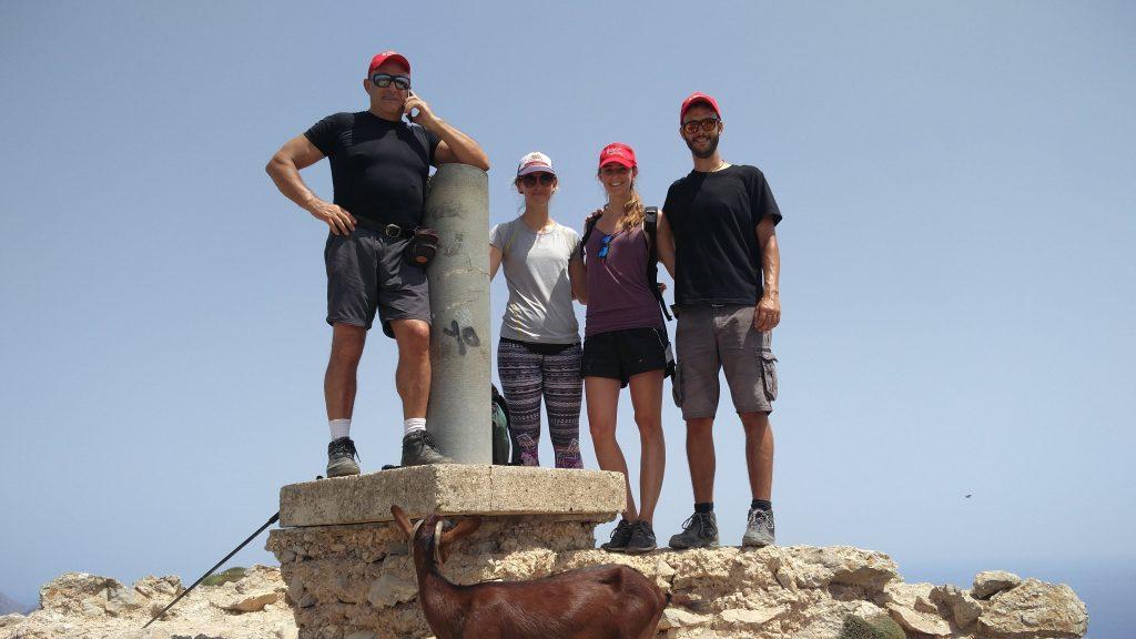 Cima de la Atalaia de la Victoria en la ruta La Peña Roja y la Atalaya de la Victoria
