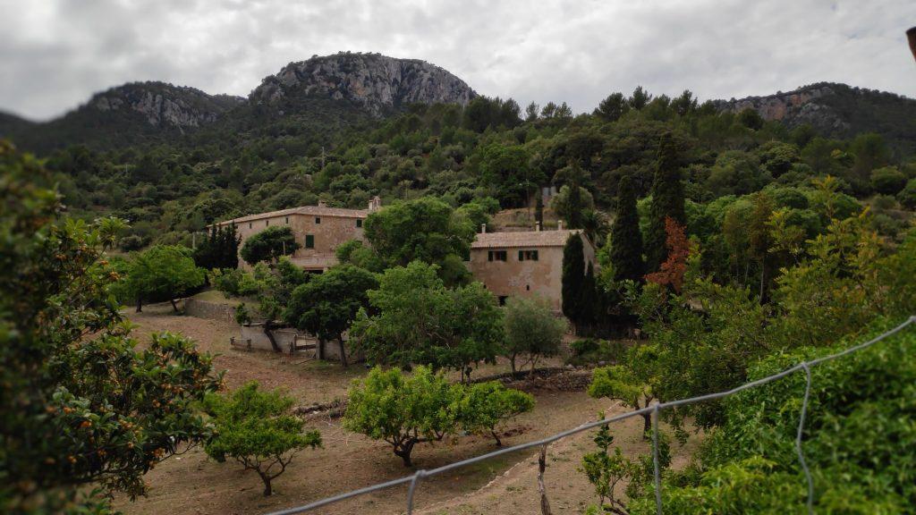 Posesión de Son Malferit en la ruta Puig des Voltor desde Establiments