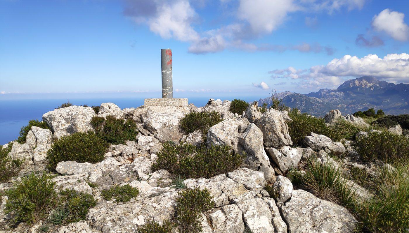Vértice Geodésico del Puig de Sa Galera